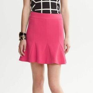 BANANA REPUBLIC pink fluted flared skirt